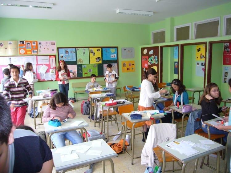 Alumnos en aula de clases. IES Luis Cobiella Cuevas