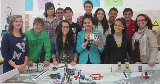 IES LUIS COBIELLA CUEVAS. CONSTRUIR UN ROBOT