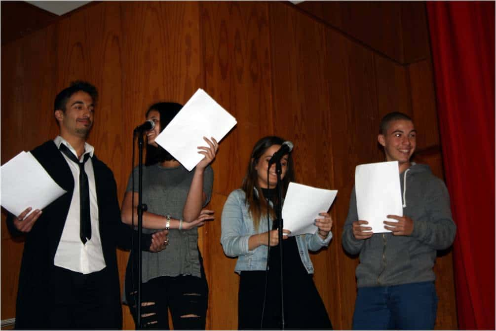 Los cuatro presentadores de la VIIª Edición de los Ludi Clasici. De izquierda a derecha: José María, Carla, Irene y Ricardo.