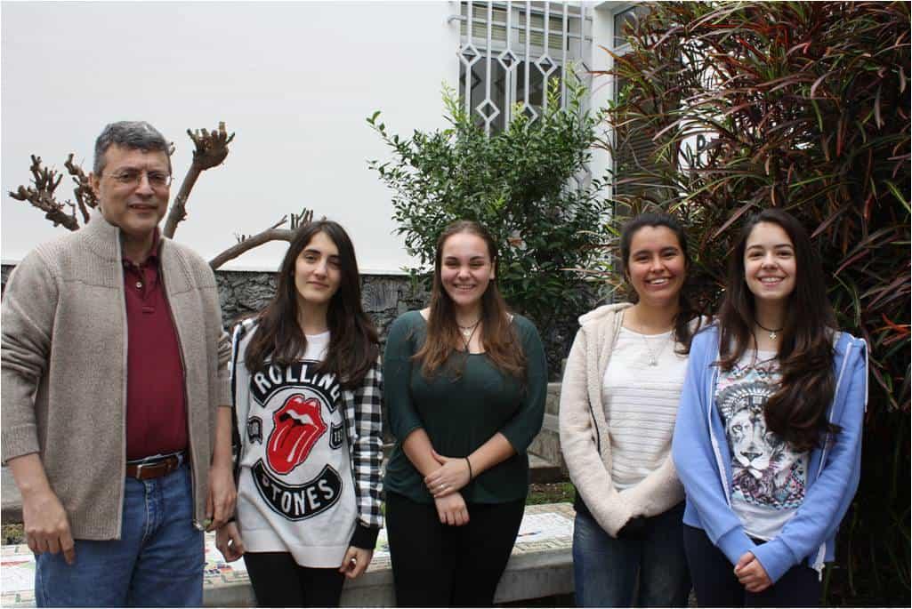 De izquierda a derecha: Francisco Camacho, Alejandra, Marta, Arantxa y Brianna.