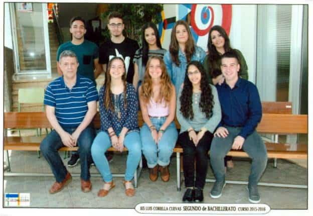 De pie: Fran, Luis, Thaimaris, Ariadna y Cecilia. Sentados: Francisco Camacho, Elisa, Sofía, Thaimar y Diego.